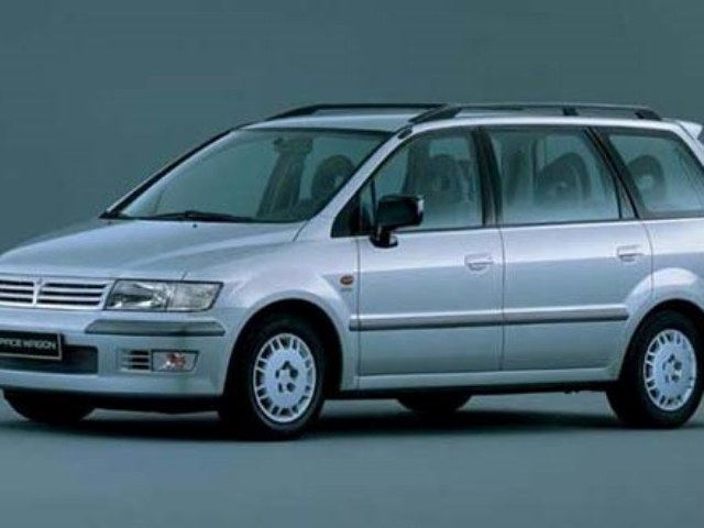 Запчасти для Mitsubishi Space Wagon в Санкт-Петербурге